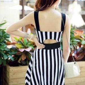 Black And White Stripes Dress